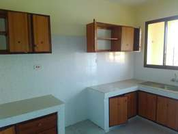 Spacious 3 Bedroom in Beachroad Nyali to let