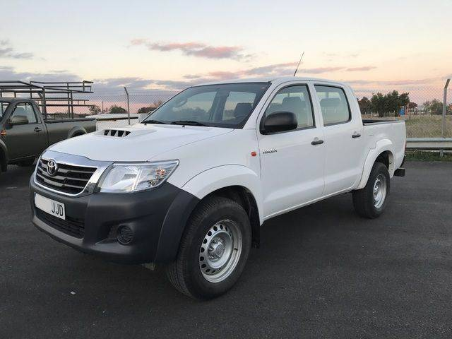 Toyota Hilux 2.5d-4d Cabina Doble Gx 4x4 - 2015