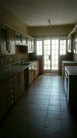 4 bedroom town house to let in Adams Arcade Nairobi CBD - image 4
