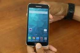 Very clean samsung galaxy S5 for URGENT SALE