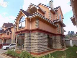 5bedroon executive Townhouse. Lavington Kabarsiran av