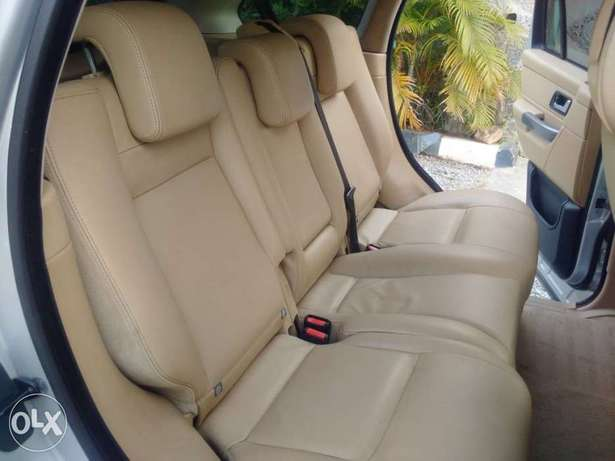 Range Rover Sport HSE Lugbe - image 7