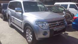 Fully loaded Mitsubishi Pajero available for sale.