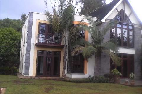 An outstanding Ambassadorial house to let in Runda Hurlingham - image 1