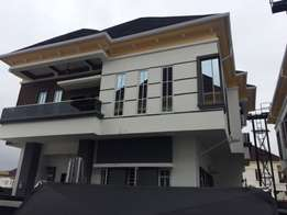 Contemporary built 5bedroom detached duplex with BQ to let in Ikota