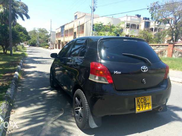 Great deal,well maintained vitz just buy and drive, service to service Kilindini - image 1