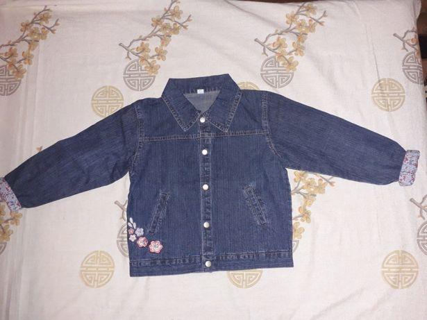 Джинсова курточка для дівчинки  250 грн. - Одяг для дівчаток ... 93d337b665cb1