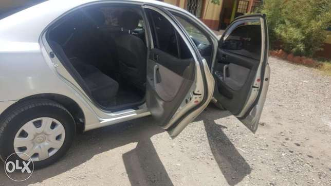 Clean Toyota allion for sale South 'C' - image 8
