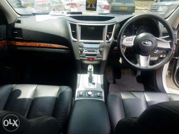 Subaru Legacy Excellent Condition Hurlingham - image 5