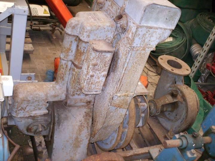 Bernards 670 oldtimer  motor pump