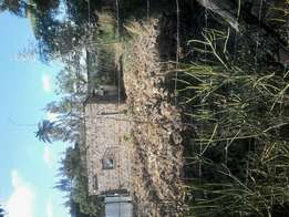 1/4 plot at ruiru, approx 2.0km off tarmac.
