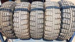 Tyres in good condition 12,5' x 20'