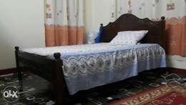 Bed in great condition. Drop offers