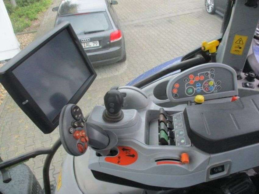 New Holland t7.200 ac - 2014 - image 7