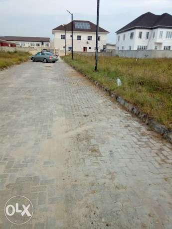400sqm land for Sale at Lake view park 2 off orchid Road Lekki - image 1