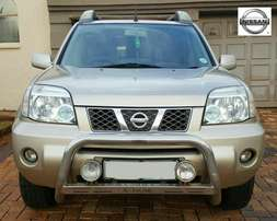 2006 Nissan Xtrail with sunroof, excellent condition Call me today!