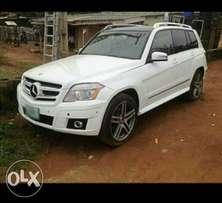 Neat 2011 Mercedes-Benz GLK350 for sale