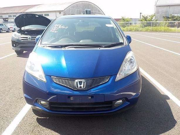 Honda Fit: 2010!Fully Loaded:FogLights!Rear Spoiler!Alloy Wheels! Nairobi West - image 4