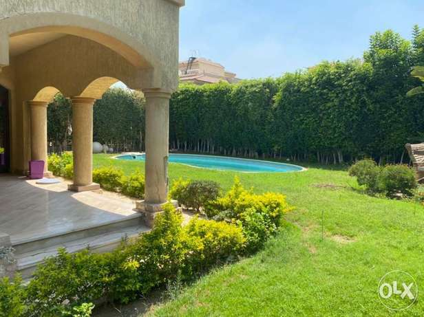 For rent Super lux finshied villa with pool in rehab مدينة الرحاب -  1