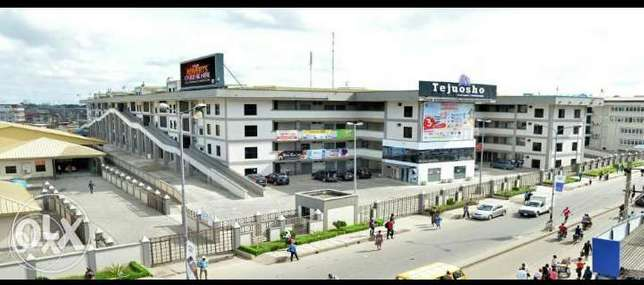 Office space for sale at Tejuosho Ultra Modern Market Lagos Mainland - image 1