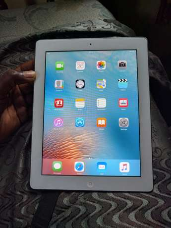 Apple iPad 2 16gb wifi only North Kaneshie - image 1