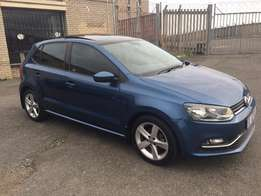 """1.2 Polo TSI Comfortline with Panoramic Sunroof and 16"""" Rivazza Rims"""