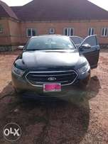 Ford Taurus 2013 Limited Edition