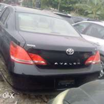 Toyota Avalon XL 2006 model (Tokunbo)