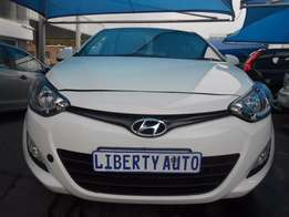 2014 Hyundai i20 Automatic Gear 75,000 km Hatch Back, Electric Windows