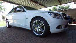 Mercedes-Benz C180 with ONLY 82 500kms.