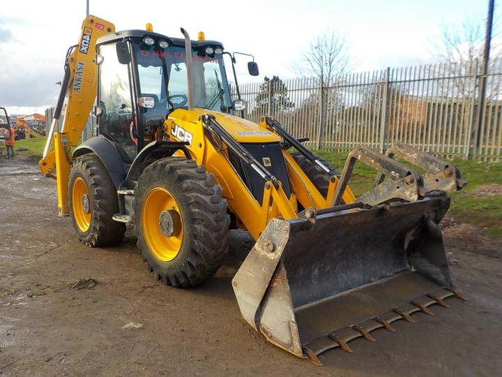 JCB 4CX P21 ECO - 2015