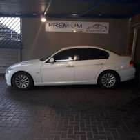 2009 BMW 320i Exclusive A/T