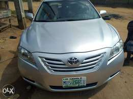 very clean nigerian used toyota camry 201w