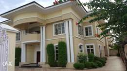 Detached House For Sale in Lekki Phase 1