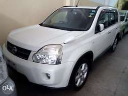 Nissan X trail with sunroof