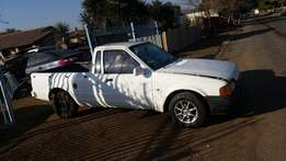 Ford bantam xr 4 shape bakkie stripping 4 spares