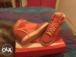 Nike hightops in excellent condition