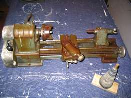 LOOKING FOR small to medium METAL LATHE'S to repair (HOBBY)