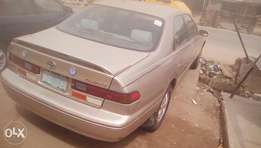 Toyota Camry 1998 model for whoever wants to drive a good fairly used