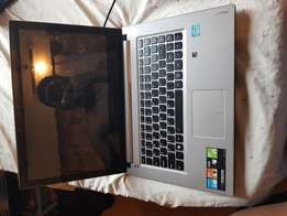 Lenovo Laptop Core i5 Touch screen 2.6Ghz 8gb Ram 1 Tb HDD Led Light