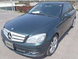 2010 Mercedes C200 Fully loaded.