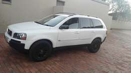 Excellent Stunning 2006 VOLVO XC90 for only R59000
