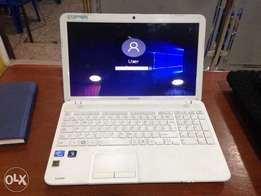 Toshiba satellite C855 Intel Celeron 2gb 320gb
