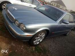 Jaguar Xj8 mint