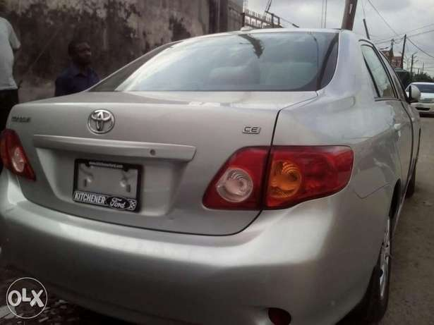 DIRECT TOKUMBOR Tincan cleared Toyota Corolla at give away price Yaba - image 2