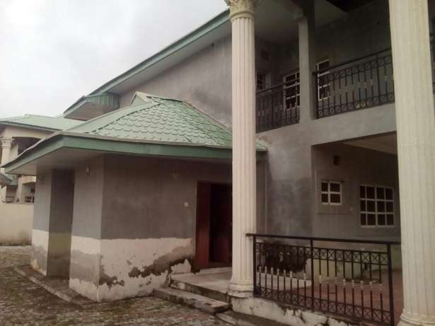 4bedroom Duplex with 2bedroom Chalet and BQ for sale at Gwarinpa Gwarinpa Estate - image 7