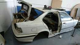 BMW E36 328 Shell with spares