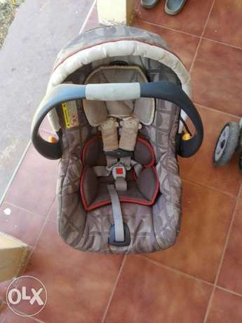 Car seat and stroller Kampala - image 3