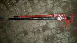 Toyota running boards and high lift jack