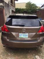 2010 Toyota Venza xle thumb start